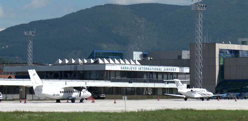"""Na sarajevskom aerodromu testiranje """"antifog sistema"""" za rasturanje magle"""