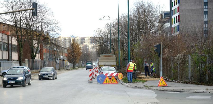 Počeli pripremni radovi na rekonstrukciji i proširenju ulice Džemala Bijedića