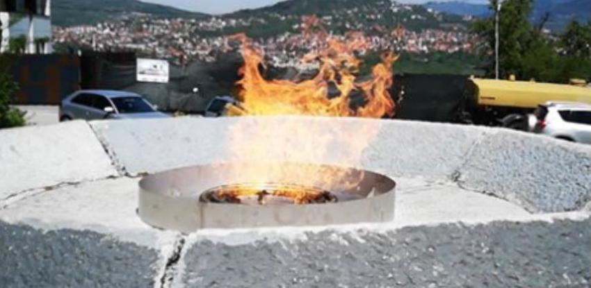 Nakon 27 godina upaljena vječna vatra na Vracama u Sarajevu