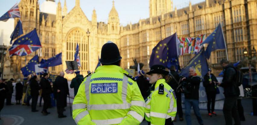 Britanci traže novi referendum o Brexitu