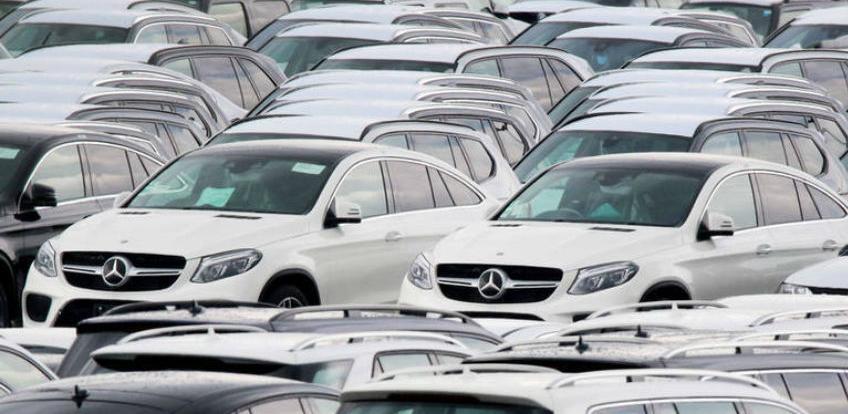 Trump odgađa uvođenje dodatnih carina na automobile