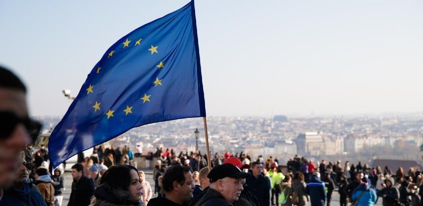 EU pozvao SAD da osigurava zračnu luku u Kabulu dokle god bude trebalo