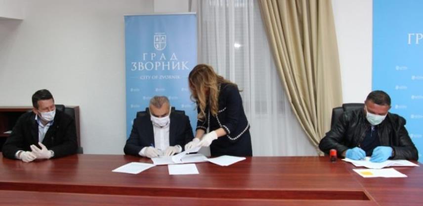 Zvornik: Potpisan ugovor o rekonstrukciji Doma zdravlja vrijedan 1,3 miliona KM