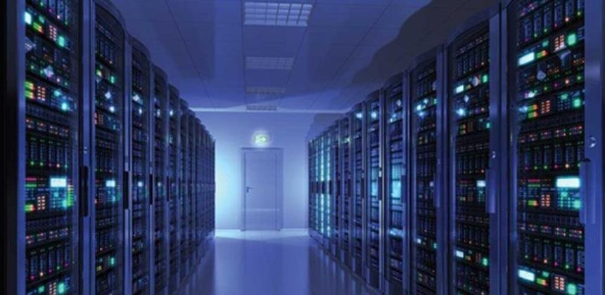 Britanska vlada ulaže 1,6 milijardi dolara u superračunalo za vremenske prognoze