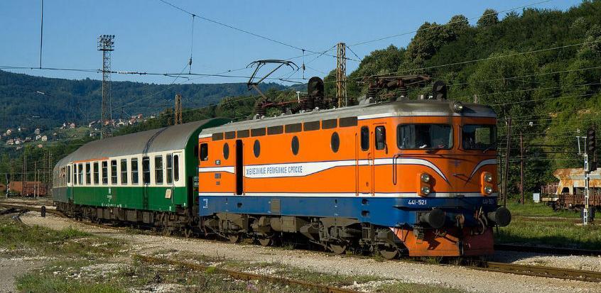 Trninić tvrdi da bi Željeznice RS-a bez restrukturiranja otišle u stečaj