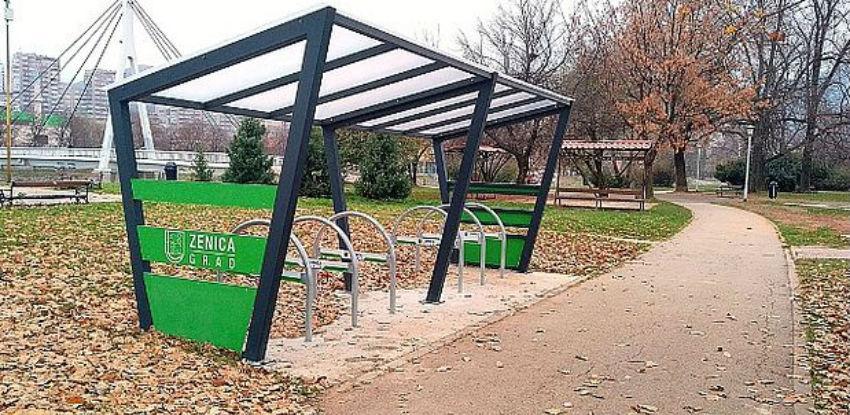 """Projektom """"Green City action plan"""" u Zenici postavljena biciklistička stajališta"""