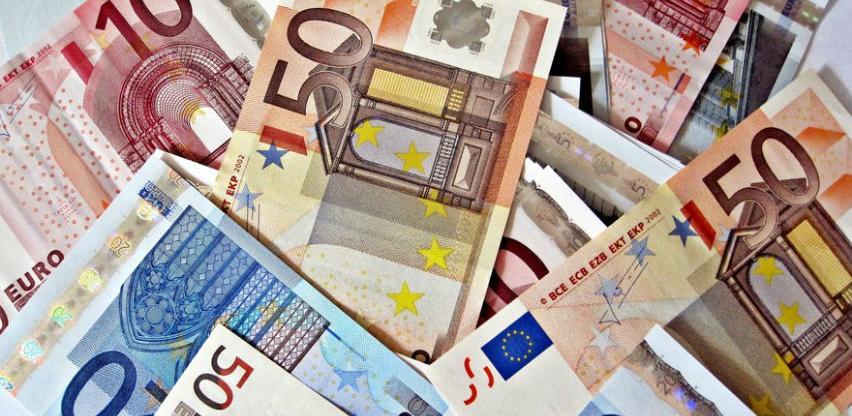 Rast plata u Hrvatskoj među najvećim u EU