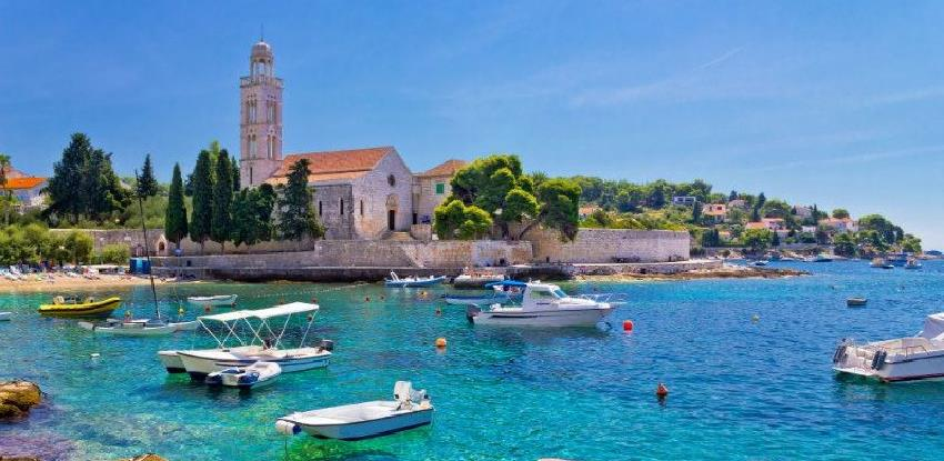 Hrvatska zbog virusa korona očekuje turistički pad veći od 80 odsto