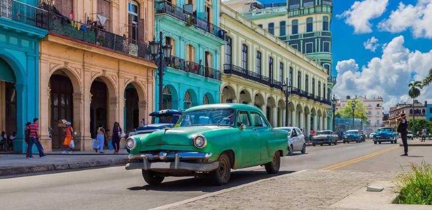 Kuba ukida porez na dolare