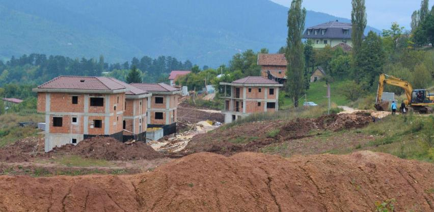 Obustavljena nelegalna gradnja Saraya Resort-a, sankcionisani inspektori