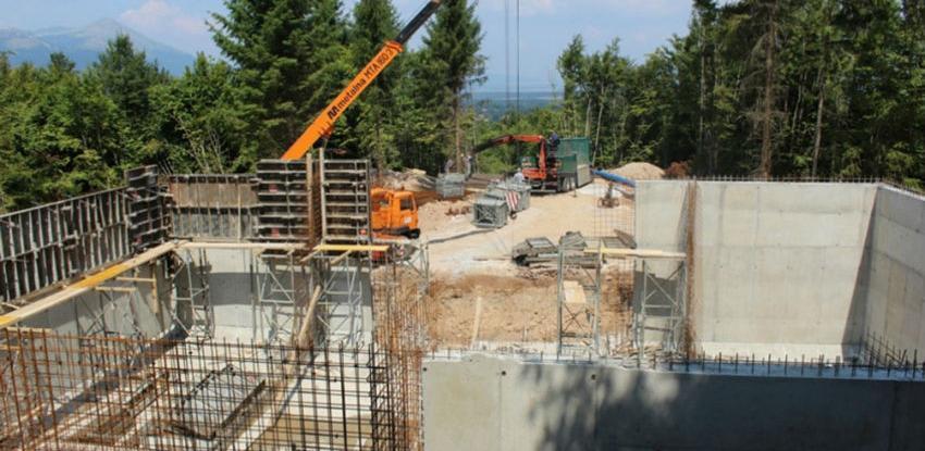 Gradnja rezervoara na lokalitetu Debelo brdo