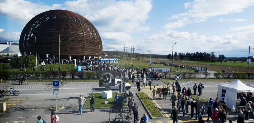 Nakon objave na portalu Akta.ba: Studenti Mašinskog fakulteta idu na CERN
