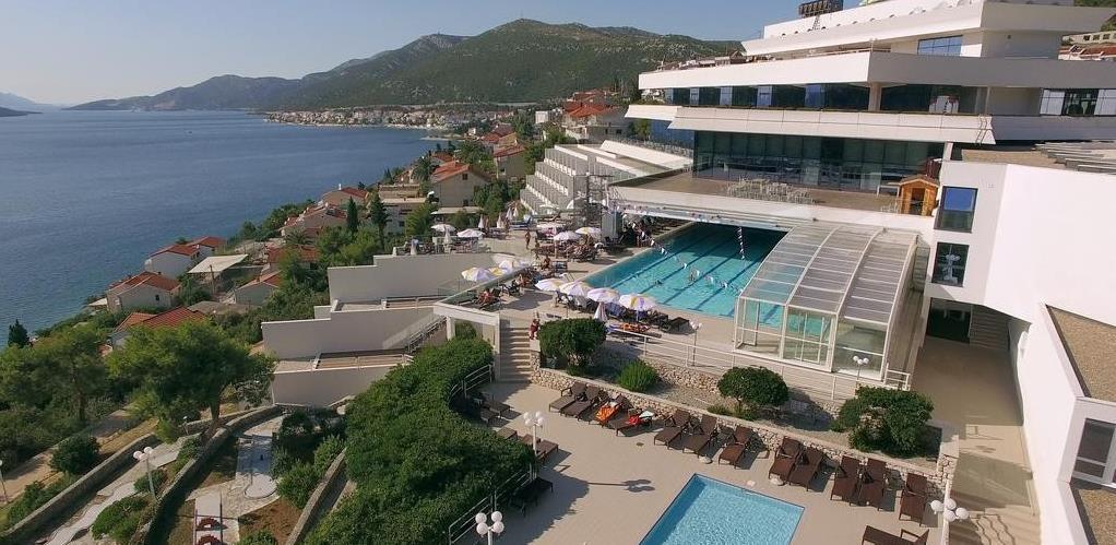 Vlasnik najvećeg hotela u Neumu zadržao sve radnike: Ovo mora stati