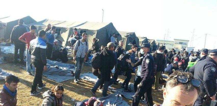 EU kritikuje austrijski plan o azilantima