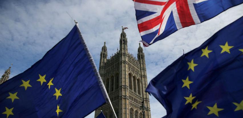 Hammond: Brexit unosi nesigurnost u privredu