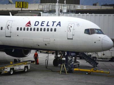 Avion prinudno sletio zbog tuče stjuardesa