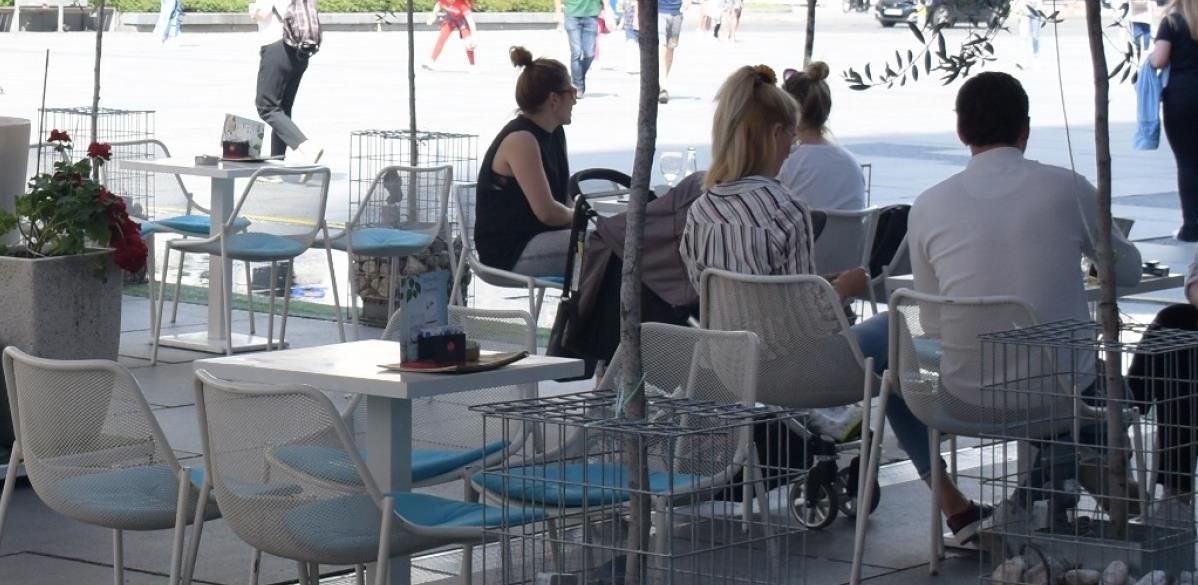 Općina Centar oslobodila vlasnike ljetnih bašti plaćanja naknade za dva mjeseca