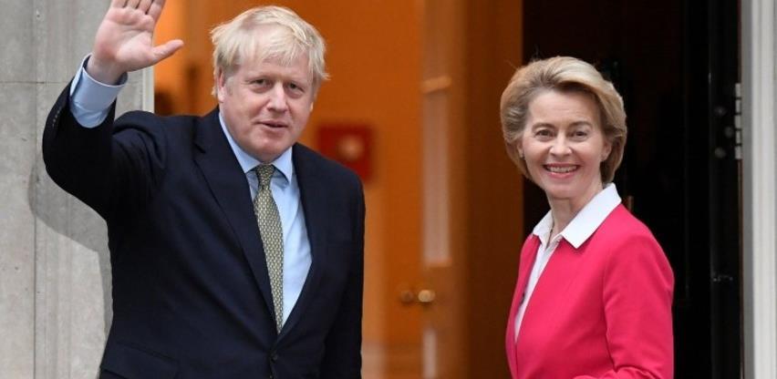 """Britanija i EU u zadnji trenutak sklopili """"istorijski"""" trgovinski sporazum"""