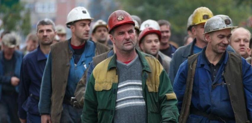 Zenički rudari sinoć napustili jame, ali proizvodnja i dalje u prekidu