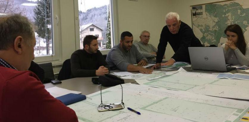 Sprovode se aktivnost na realizaciji projekta Poslovno – sportski centar Trnovo