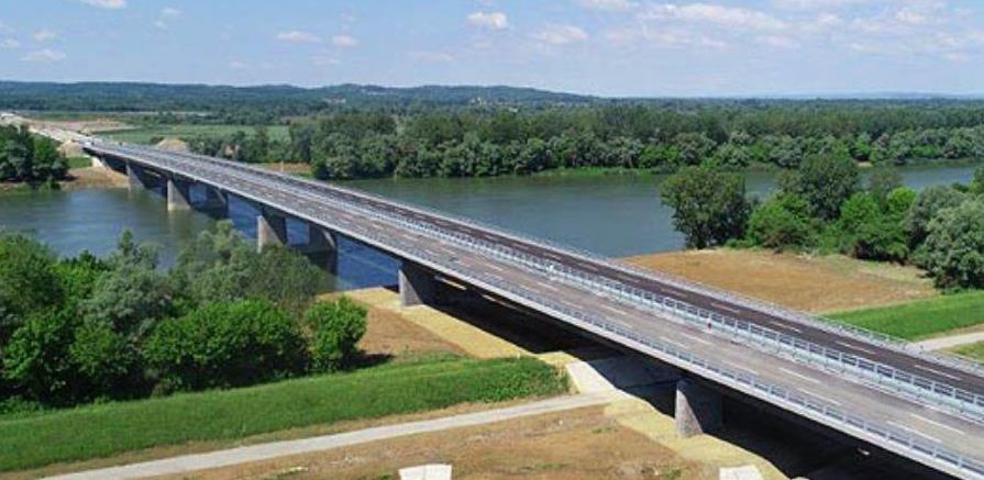 Most preko rijeke Save kod Svilaja završen je u cijelosti