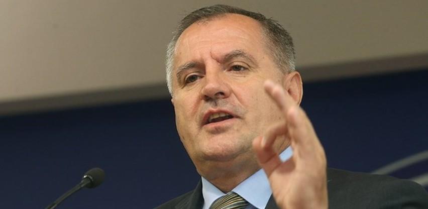 Višković: Neće biti smanjenja plata u javnom sektoru