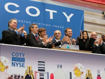 Coty kupuje kozmetički segment Procter&Gamblea