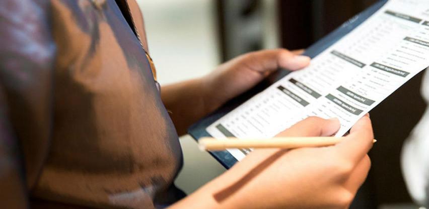 Porezna uprava u HNŽ-u otkrili 10 neprijavljenih radnika, zapečaćeno 7 objekata