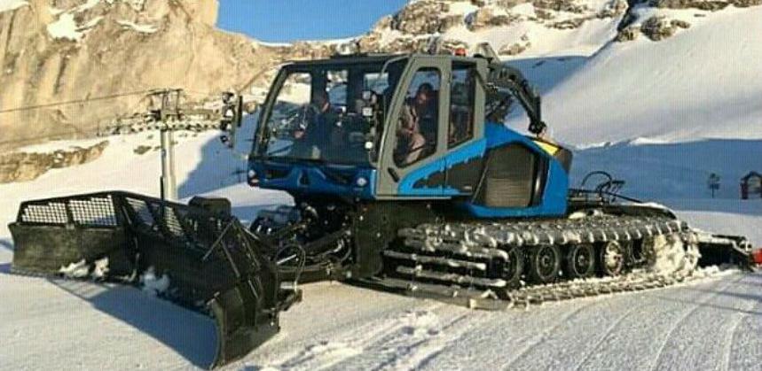 Za uređenije ski staze: Stigla dva ratraka na Bjelašnicu