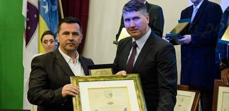 Direktoru Hoše Komerca uručeno počasno priznanje Općine Hadžići