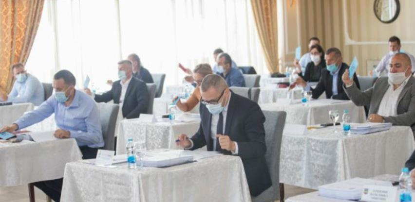 Skupština opštine Prnjavor usvojila paket mjera podrške lokalnoj privredi