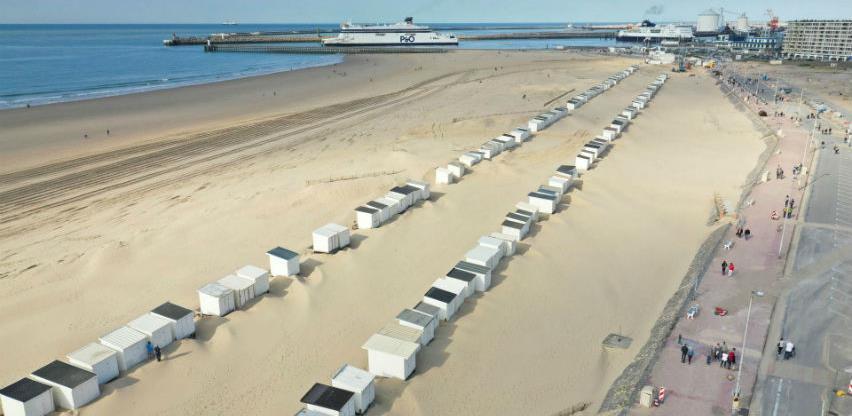 Francuska: Kupanje u moru može, ali bez sunčanja