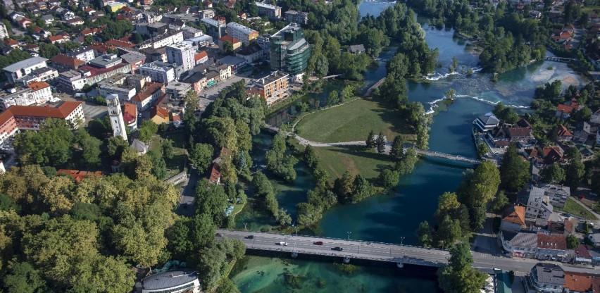 Trend odlazaka iz BiH se nastavlja, USK vodi po neslavnoj statistici