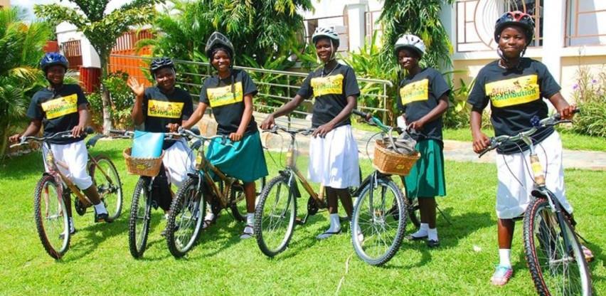 Društvena poduzetnica iz Gane proizvodi održive bicikle od bambusa