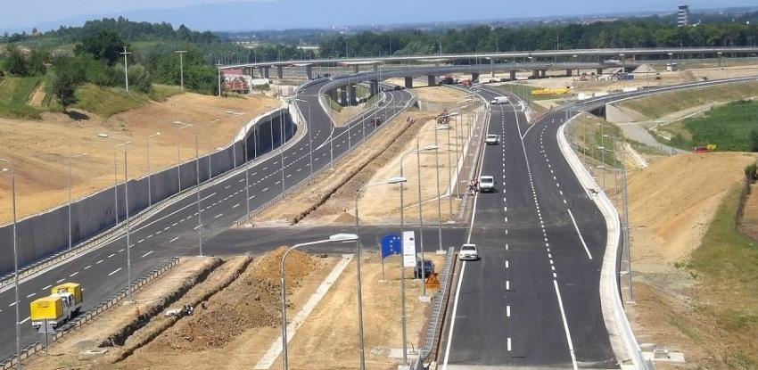 Potpisan ugovor o dionici autoputa na Koridoru 5C kroz Republiku Srpsku