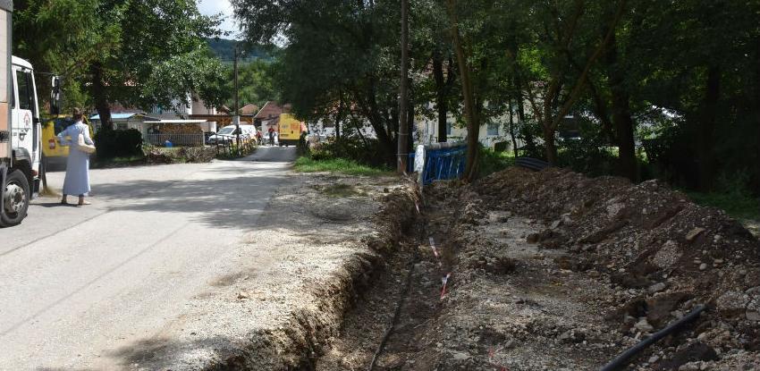 U toku radovi na izgradnji mosta preko rijeke Goruše u naselju Loznik