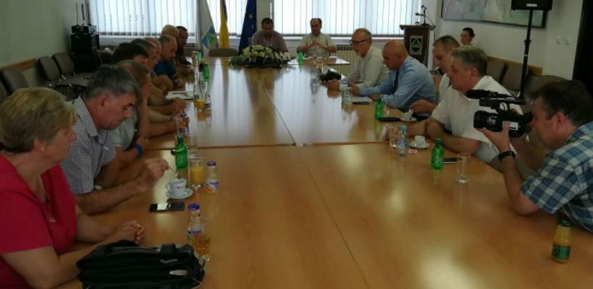 "Vlada ZDK odobrila 100 hiljada KM pomoći za radnike IP ""Krivaja"" Zavidovići"