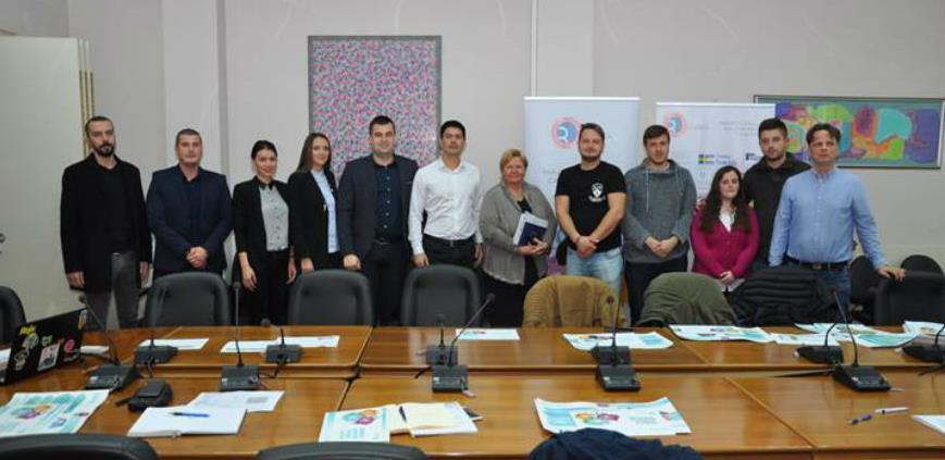 Omladinska banka u Prijedoru podržala 10 projekata mladih i dva mikrobiznisa