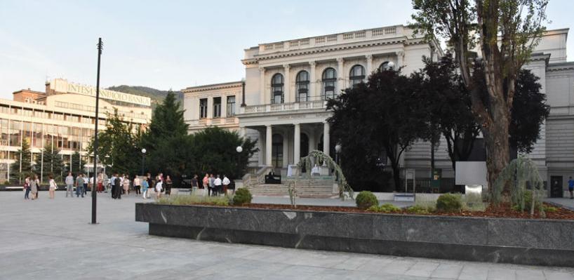 Završeni radovi na rekonstrukciji trga ispred Narodnog pozorišta