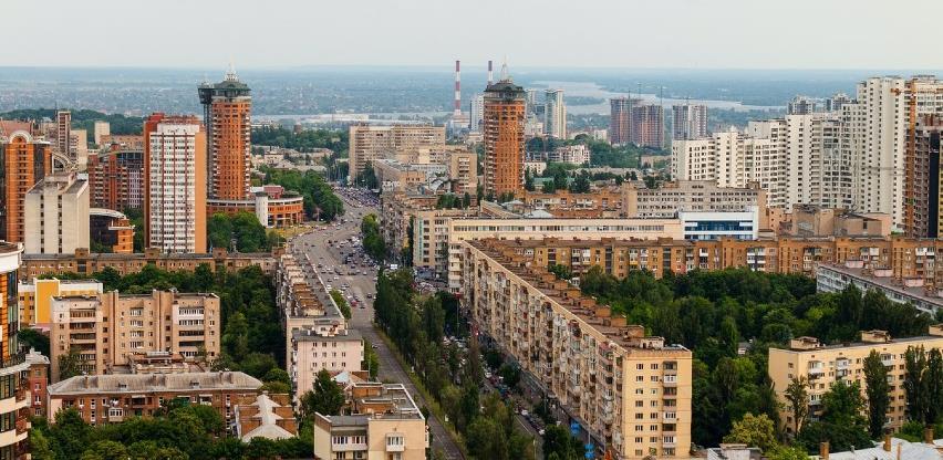 """Ukrajina u novom """"lockdownu"""", u Mađarskoj policijski sat do veljače"""