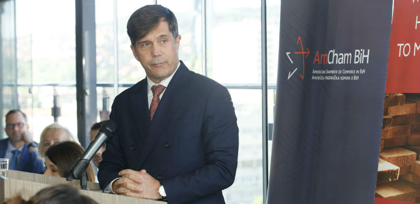 Ambasada SAD-a podržava Američku trgovačku komoru u BiH