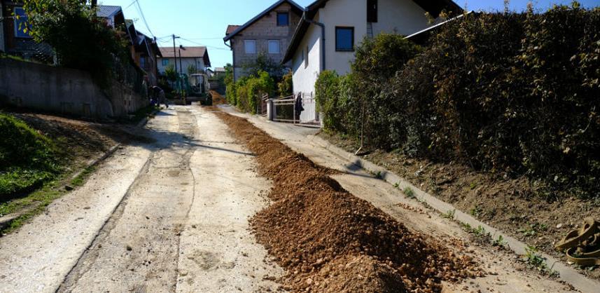 Slijedi asfaltiranje ulice koja povezuje Sokolje i Zabrđe