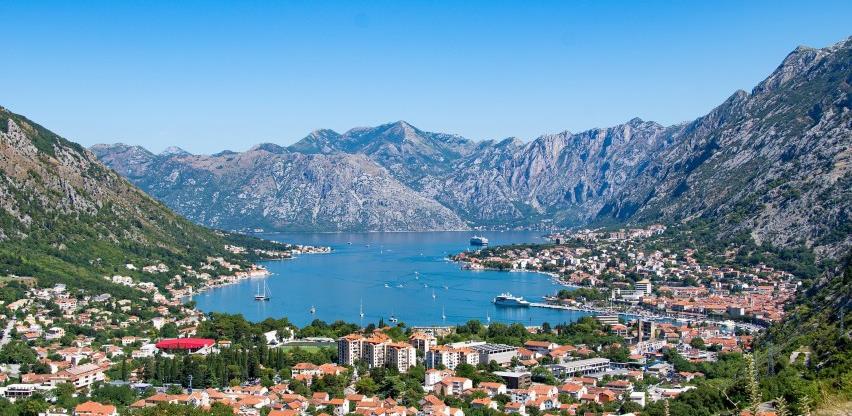 Građani BiH u Crnu Goru mogu i uz serološki test koji je mnogo jeftiniji