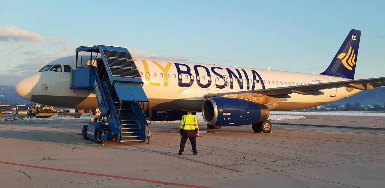 U Sarajevo stigao novi avion kompanije FlyBosnia Airbus A320-200