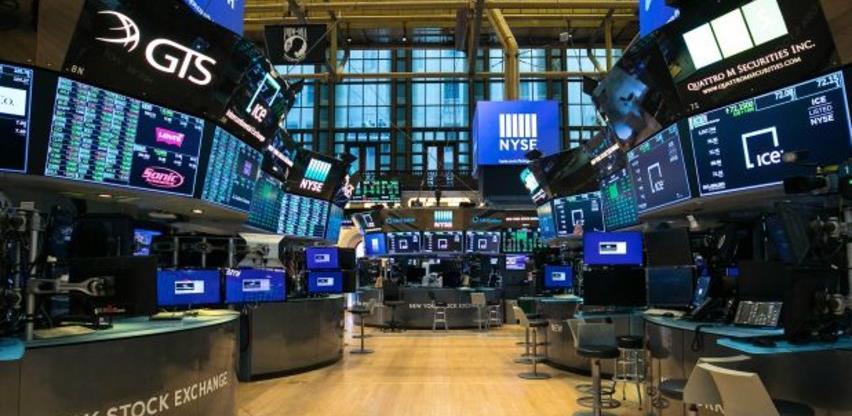 Wall Street blago pao, prinosi na obveznice porasli