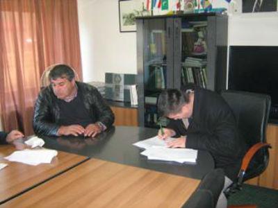 Potpisani ugovori za unapređenje infrastrukture u Prači