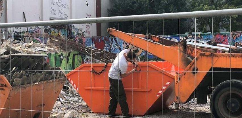 Uklanja se azbestni krov nekadašnjeg kina, gradi se zgrada od 13 spratova