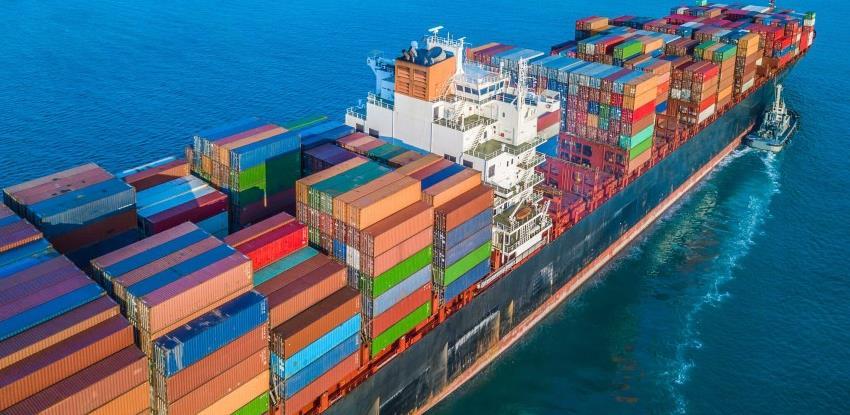 Usidreni brodovi dižu cijenu robe