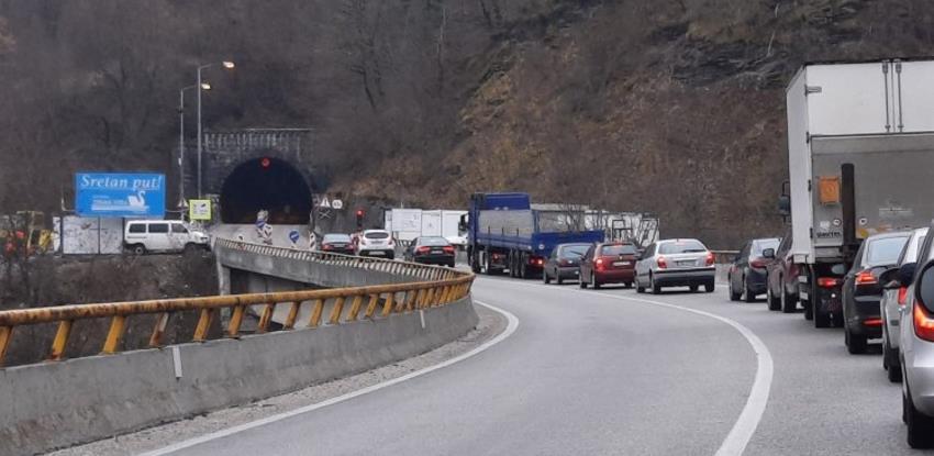 Radovi na tunelu Crnaja bez dužih zadržavanja (VIDEO)