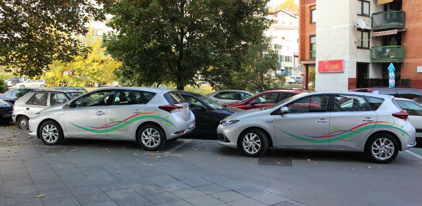 ProCredit jedina banka sa punjačem za električna vozila i eko – voznim parkom
